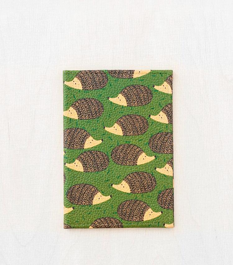 Обложка для паспорта Vokladki «Ежата»