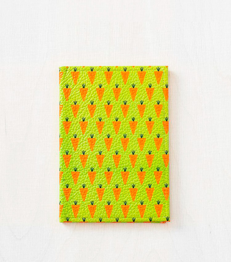 Обложка для авто документов Vokladki «Морковки»