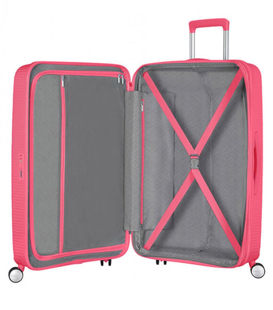 Средний чемодан American Tourister 32G*70002 Soundbox Spinner (67 см)
