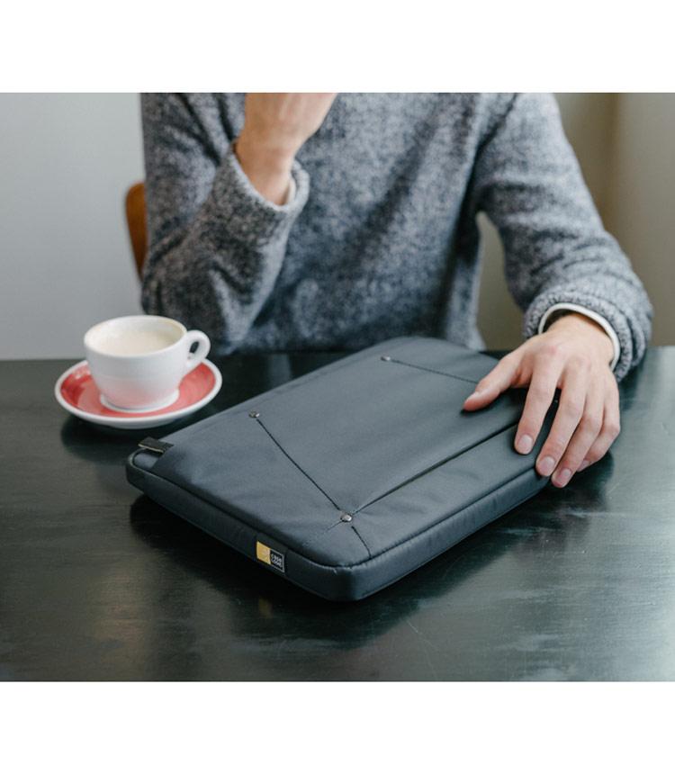 Чехол CaseLogic DECOS для ноутбука 13,3 (DECOS-113-Black)