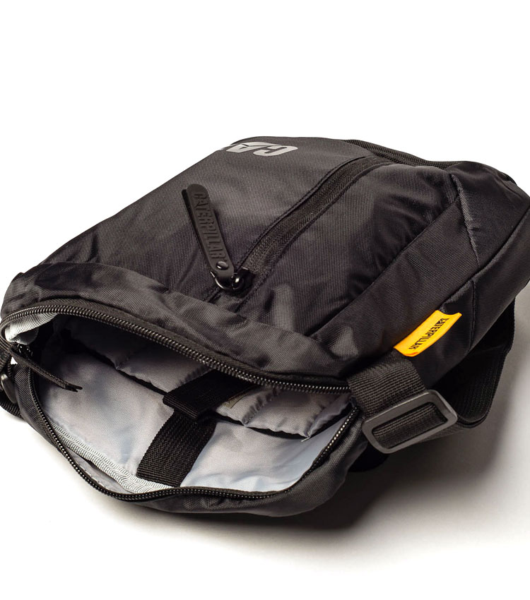 Сумка на плечо Caterpillar Mini Tablet Bag black (83107)