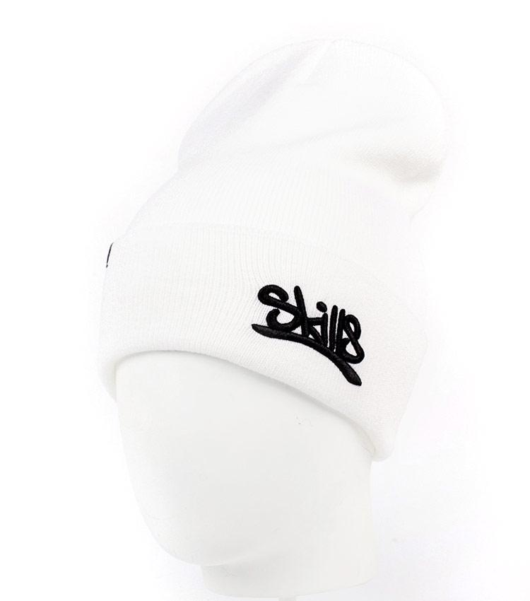 Белая шапка Skills Script white