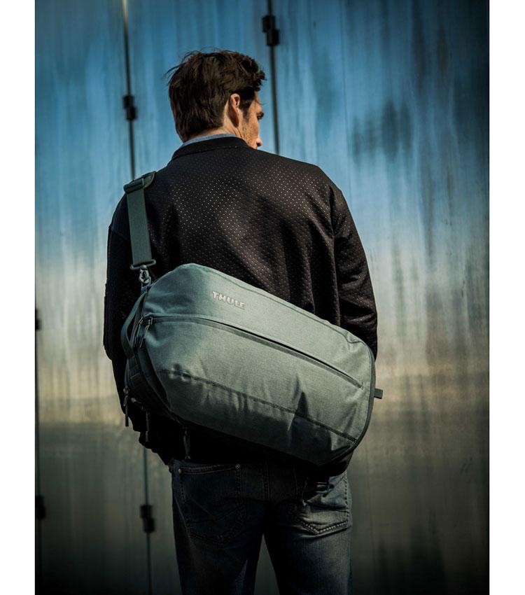 Рюкзак-трансформер Thule Vea Backpack 21L Deep Teal (TVIH-116)